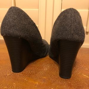 Report Shoes - Grey wedge shoe